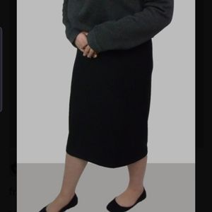 Brazilian knit midi pencil skirt